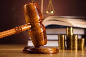 Hausfriedensbruch: § 123 StGB normiert den Straftatbestand.