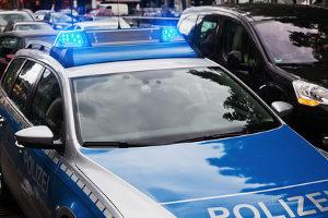 Opfer von einem Hausfriedensbruch sollten die Polizei informieren.