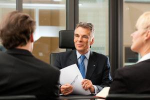 Hehlerei: Ein Anwalt mit Schwerpunkt Strafrecht kann Ihnen helfen.