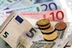 Hilfe zum Lebensunterhalt wird Menschen gezahlt, die sich durch Einkommen nicht selbst finanzieren können.
