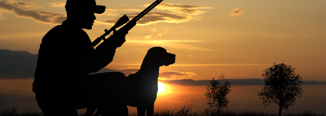 Jäger, die kein eigenes Jagdrevier besitzen, benötigen für die Jagd einen Jagdausübungsschein.