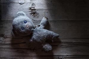Möchten Sie eine Kindeswohlgefährdung anzeigen bzw. melden, ist dies anonym beim Jugendamt möglich.
