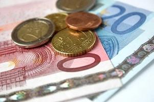Kirchensteuer: Wie hoch sie ausfällt, hängt vom Bundesland und vom Einkommen ab.