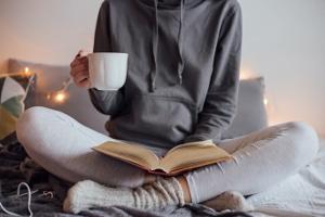 """""""Abwarten und Tee trinken"""": Der Kampf um die kostenlose SCHUFA-Auskunft kann zäh sein."""