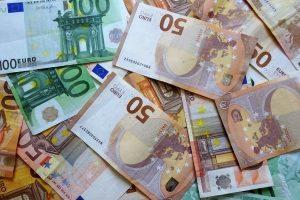 Mit einem Kredit können Sie sich Wünsche erfüllen - er sollte aber bezahlbar sein.