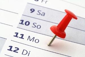 Eine Kündigung durch den Mieter bedarf einer Frist von drei Monaten mit einer Karenz von drei Werktagen.