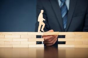 Lösen Sie unter Einhaltung der Kündigungsfrist die Berufsunfähigkeitsversicherung auf, entfällt ein wichtiger Schutz.