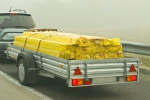 § 22 StVO legt fest, was bei der Ladungssicherung zu beachten ist.