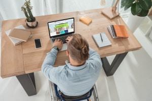 Lästige Anrufen sperren lassen können Betroffene online bei der Bundesnetzagentur. Allerdings nur, wenn es sich um unerwünschte Werbung handelt.