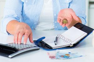 Wurde die Laufzeit für das Festgeldkonto vereinbart, darf der Anleger in dieser Zeit nicht über das Geld verfügen.