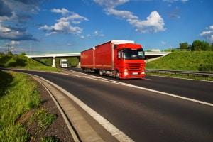 Vorschriften zum LKW-Abstand sind in der StVO bestimmt.
