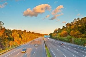 Bauartbedingte Mindestgeschwindigkeit: Die Bundesautobahn (BAB) darf nur genutzt werden, wenn das Fahrzeug schneller als 60 km/h fährt.