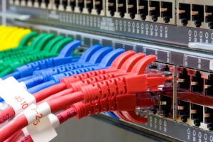 Das Netzwerkdurchsetzungsgesetz tritt in Kraft.