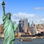 In New York hat der Weinstein-Prozess gegen den Hollywood-Filmproduzenten begonnen.