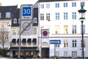 Parken in der 30er-Zone: Wo ist es erlaubt?