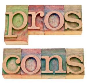 Sowohl die Personengesellschaft als auch die Kapitalgesellschaft bieten Vor- und Nachteile
