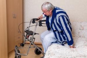 Sind Sie mit der Pflege im Heim nicht zufrieden, sollten Sie sich an den Ansprechpartner in der Unterkunft wenden.