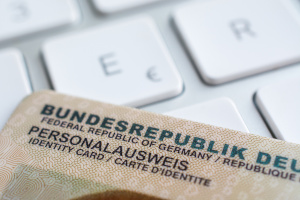 Punkte in Flensburg abfragen: Mit neuem Personalausweis funktioniert dies auch online.