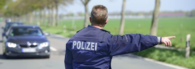 Welche Rechte haben Sie bei einer Polizeikontrolle? Die Antwort liefert unser Ratgeber.