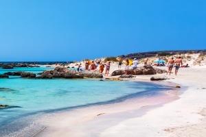 Wenn der Traum vom perfekten Urlaub platzt, können Sie ggf. eine Reisepreisminderung fordern.