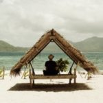 Geht ein Reiseunternehmen pleite, fürchten Reisende nicht selten, dass sie am Urlaubsort stranden.