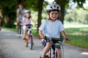 Zeiten der Kindererziehung bis zum 10. Lebensjahr werden bei der Rente mit 63 ebenfalls als Beitragszeiten angerechnet.