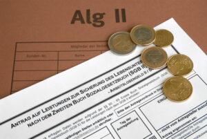 Erhalten Sie Rente auch bei Arbeitslosigkeit? Bei ALG II dient diese Zeit nur als Anrechnungszeit.