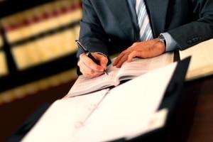 Unter Umständen müssen auch Rentner eine Steuererklärung abgeben.