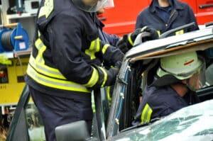 Die Rettungskarte im Fahrzeug kann eine schnellere Bergung begünstigen.