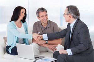 Fragen zur Riester-Rente? Die Verbraucherzentrale hilft Ihnen mit einer persönlichen Beratung zur Geldanlage weiter.