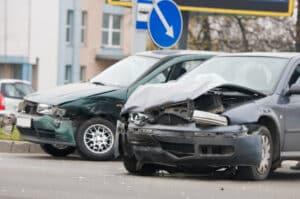 Um die Ansprüche auf Schadensersatz aus einem Unfall mit mehreren Fahrzeugen geht es in § 17 StVG