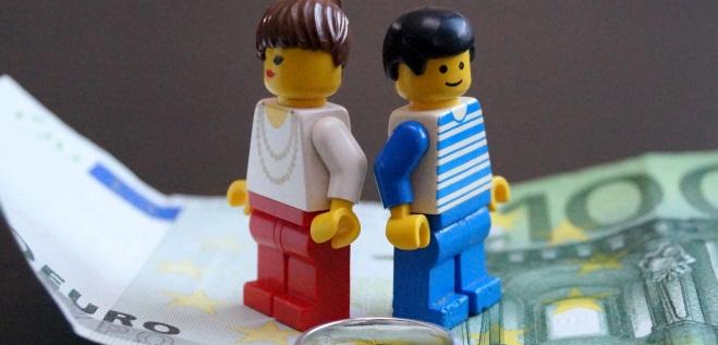 Wegen anfallender Scheidungskosten, kann eine Scheidung durchaus teuer werden.