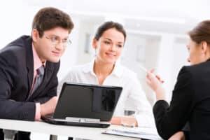 Rechtsanwaltsfachangestellte/r - Ein staatlich anerkannter Ausbildungsberuf.