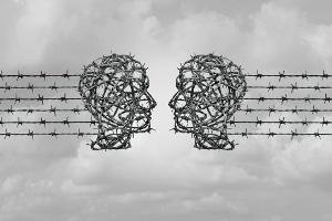 § 130 StGB stellt Volksverhetzung unter Strafe - zum Schutz des öffentlichen Friedens.
