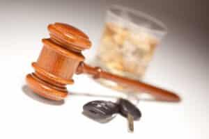 Das Straßenverkehrsgesetz (StVG) enthält zahlreiche wichtige Paragraphen für Autofahrer