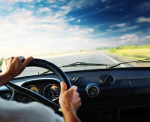 Die StVO - kurz für Straßenverkehrsordnung - regelt das Verhalten im Straßenverkehr