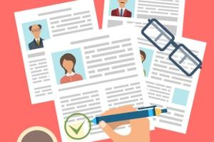 Wir geben Tipps für das Bewerbungsschreiben, damit Ihre Unterlagen aus der Masse hervorstechen.