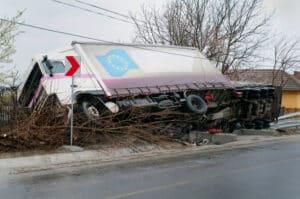 Bei Transportschäden kann ein Fachanwalt für Transportrecht Schadensersatzansprüch durchsetzen