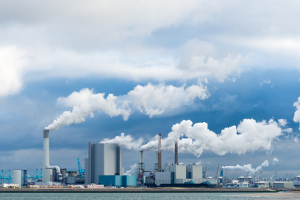 Umweltrecht: Gesetze sorgen dafür, dass der Umweltverschmutzung entgegengewirkt wird.