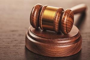 Das Urteil wies die Verpflichtung vom Benutzen der Gender-Sprache der Sparkasse ab