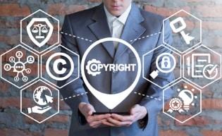 Das Urteil legt fest: Google muss beim Kundenkontakt gesetzliche Vorgaben des Internetrechts einhalten.