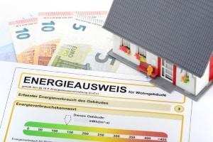 Verbraucherschutz beim Immobilienkauf kann die Prüfung vom Energieausweis bedeuten.