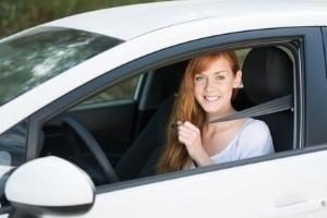 Vor der Abfahrt sollte dem Verbraucherschutz zuliebe beim Mietwagen einiges bedacht werden.