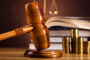 In der zweiten Instanz wird ein Verfahren vor dem Anwaltsgerichtshof geführt.