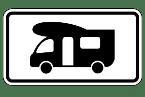 Dieses Verkehrszeichen mit dem Wohnmobil kennzeichnet Parkplätze, die ausschließlich diesen Fahrzeugen vorbehalten sind.