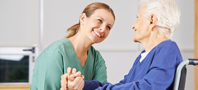 Wann ist man pflegebedürftig? Die Antwort auf diese Frage liefert der nachfolgende Ratgeber.