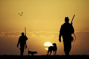 Was ist ein Jagdgast? Das ist z. B. ein Jäger ohne Jagderlaubnisschein, der zur Jagd eingeladen wurde.