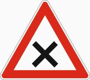 Zeichen 102 (Kreuzung oder Einmündung)